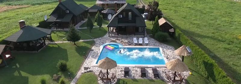 Vila na obali Drine